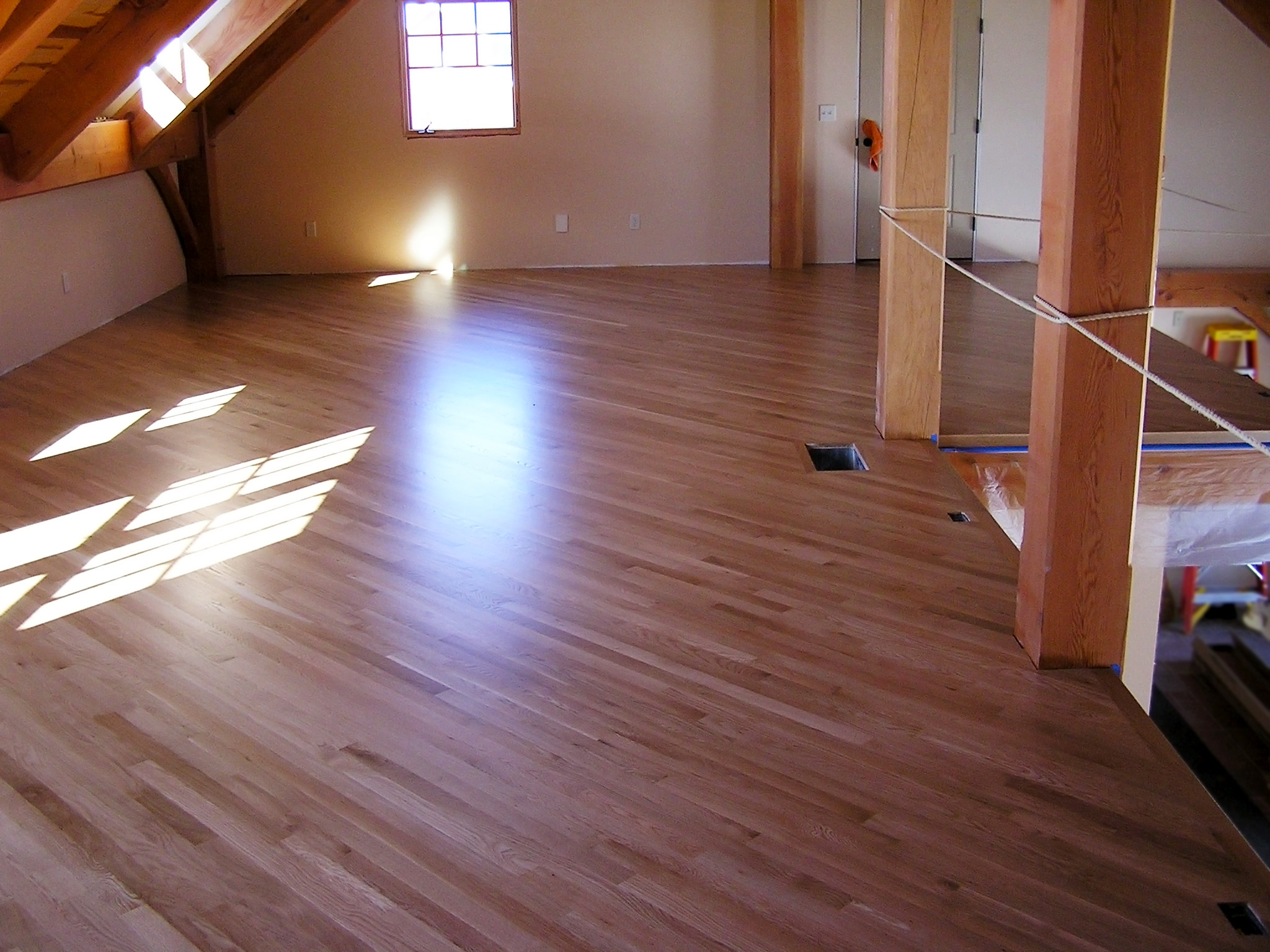 Hardwood floor bamboo flooring installation in dunn county for Custom hardwood flooring